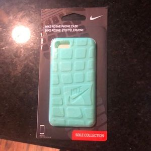 Apple iPhone 7 Nike case